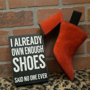 Gianni Bini Red Suede Black Slingback High Heels